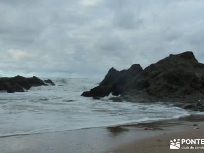Reserva de la Biosfera Urdaibai - San Juan de Gaztelugatxe;
